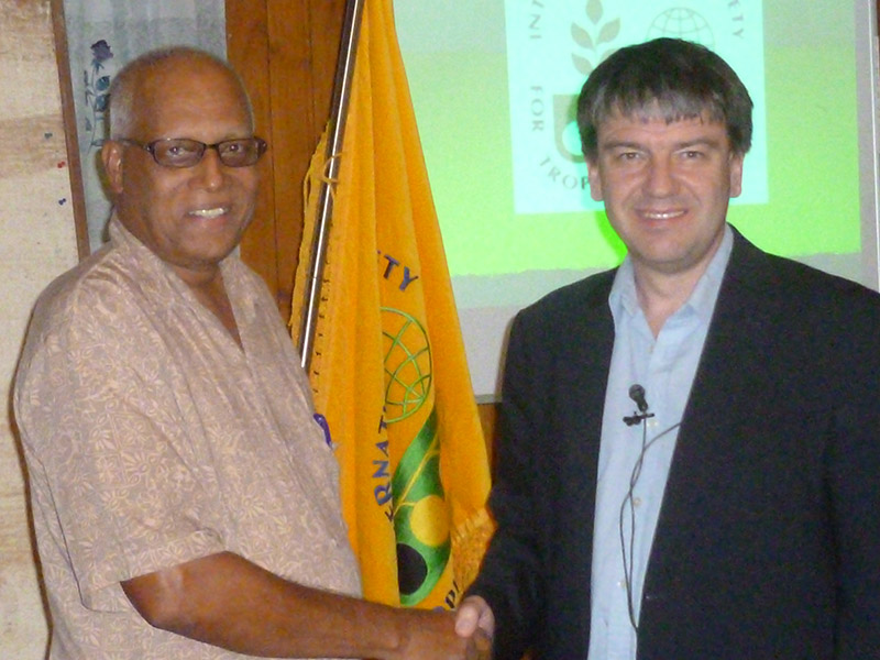 ISTRC-PB President Mohammed Umar shaking hands with ISTRC then President, Prof Andrew Westby